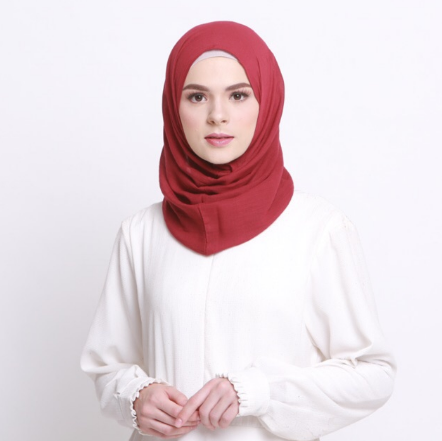 2. INSTAN SCARF VOILE MAROON